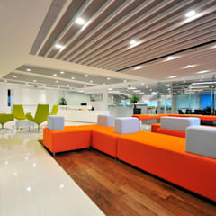 Seating Area:  Offices & stores by FINGO DESIGN & ASSOCIATES LTD.