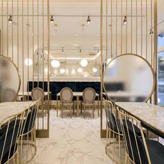 파티션: 디자인에이드의  바 & 카페