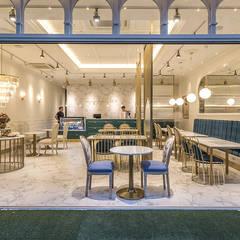 외부: 디자인에이드의  바 & 카페