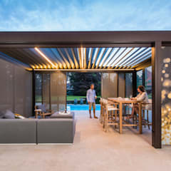 Skye:  Patios & Decks by Atria Designs Inc.