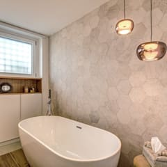 ISIDORO: Bagno in stile  di MOB ARCHITECTS