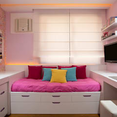 Girls Bedroom by Patrícia Netto Arquitetura & Design
