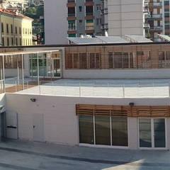 Nuova sede  P.A. Croce Bianca, Finale Ligure (SV): Complessi per uffici in stile  di Studio BIANCHI servizi di architettura