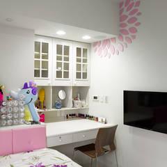 白色意境:  女孩房 by 愛上生活室內設計