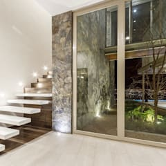 Stairs by Loyola Arquitectos, Modern