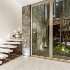 บันได โดย Loyola Arquitectos, โมเดิร์น