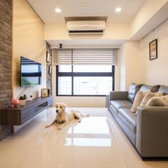 Living room by 酒窩設計 Dimple Interior Design,