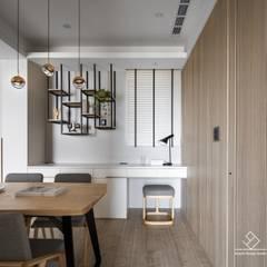 《上選》現代風格設計:  餐廳 by 極簡室內設計 Simple Design Studio