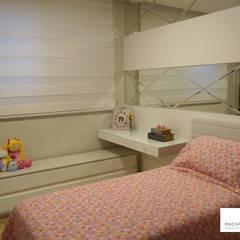 Quarto da filha: Quartos das meninas  por Machado Fontana | Arquitetura e Interiores