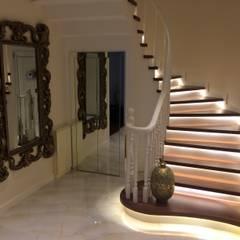 HEBART MİMARLIK DEKORASYON HZMT.LTD.ŞTİ. – Sinpaş lagün İris bahçe:  tarz Merdivenler