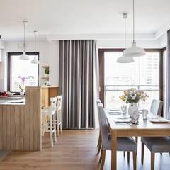 Good Morning Warsaw: styl , w kategorii Jadalnia zaprojektowany przez Perfect Space,