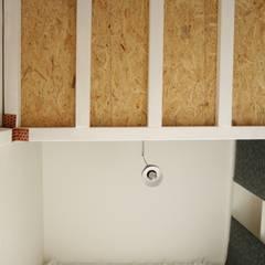 Bureau Mezzanine: Bureau de style  par TOPOLOGY