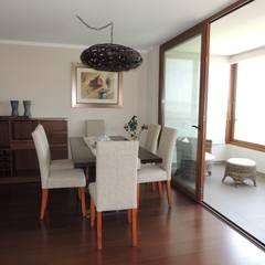 Asesoría de Interiorismos para Departamento en Reñaca, Viña del Mar por Kaa Interior: Comedores de estilo  por Kaa Interior | Arquitectura de Interior | Santiago