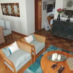 Interiorismo de Salón Comedor en Las Condes por Kaa Interior: Livings de estilo  por Kaa Interior | Arquitectura de Interior | Santiago