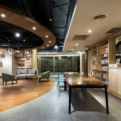 โรงแรม by 青易國際設計