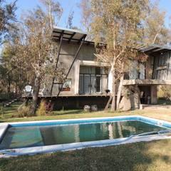 Piscinas de jardín de estilo  por Módulo 3 arquitectura