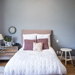 Bedroom by Foto Property