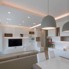 Living room by MAMESTUDIO, Modern