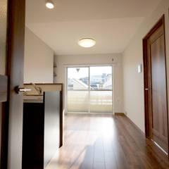 NY ブルックリンスタイル: セイワビルマスター株式会社が手掛けたドアです。