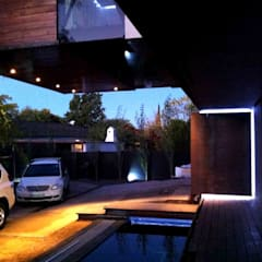 House Bloemfontein:  Houses by FAME Projects, Industrial
