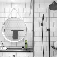 북유럽 감성을 가득 담은 20평대 주택 인테리어: husk design 허스크디자인의  욕실