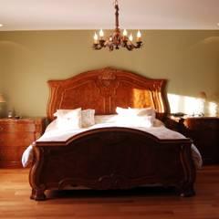 Campiña Italiana: Dormitorios de estilo  por CIBA ARQUITECTURA