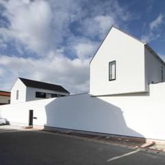 外観: 石川淳建築設計事務所が手掛けた二世帯住宅です。