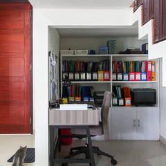 Ruang Kerja:  Ruang Kerja by RHBW