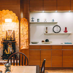 One Bangalore West:  Dining room by Origami Space Design,Modern