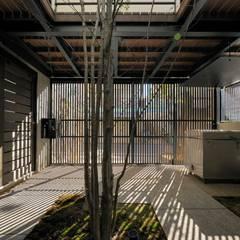 奥沢の家: HAN環境・建築設計事務所が手掛けた庭です。