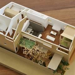 松原の家: HAN環境・建築設計事務所が手掛けたフローリングです。