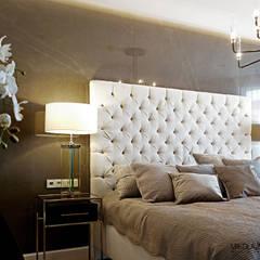 sypialnia z pięknym łóżkiem: styl , w kategorii Sypialnia zaprojektowany przez MIKOŁAJSKAstudio