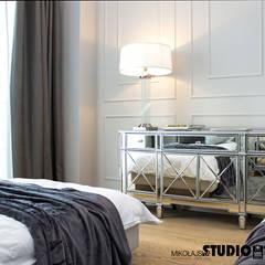 gościnny-elegancka komoda: styl , w kategorii Sypialnia zaprojektowany przez MIKOŁAJSKAstudio