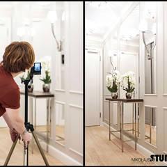 hall-białe lamperie: styl , w kategorii Korytarz, przedpokój zaprojektowany przez MIKOŁAJSKAstudio