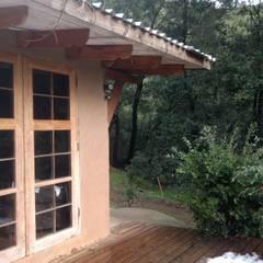 Projekty,  Dom pasywny zaprojektowane przez Construyendo Reciclando