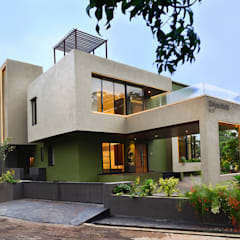 DIVYA BUNGALOW:  Houses by smstudio