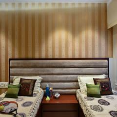 PRIVATE RESIDENCE SANTACRUZ: modern Bedroom by smstudio