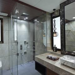 DAHANU- VIJAY GHODAWAT:  Bathroom by smstudio