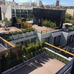 Jardienes Privados: Jardines de estilo moderno por Vivero Antoniucci S.A.