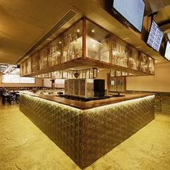 AGENT JACK VEERA DESAI: modern Wine cellar by smstudio