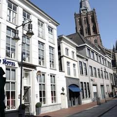 Gevel aan de Kerkstraat:  Hotels door DWB2C