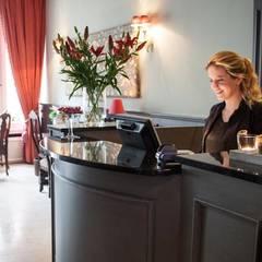 Receptie:  Hotels door DWB2C