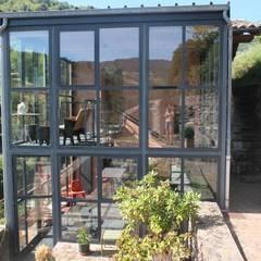 Une cadole en Beaujolais: Maisons de style de style Industriel par Marion Guinet Architecte