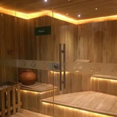 Spa Club Country: Hoteles de estilo  por Diseñador Paul Soto, Moderno Madera Acabado en madera