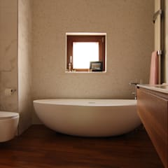Bathroom by Studio di Progettazione e Design 'ARCHITÈ', Classic