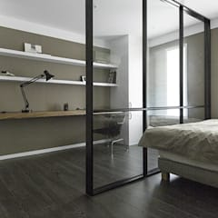세련된 색채로 고급스러움을 표현한 30평대 아파트 인테리어: husk design 허스크디자인의  침실