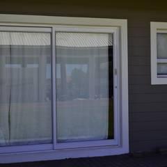 Inso's Aluminium Doors:  Doors by Inso Architectural Solutions, Modern Aluminium/Zinc