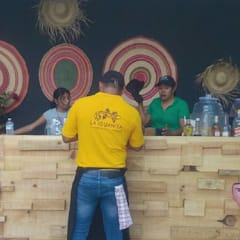 :  Bars & clubs by Bello Diseño Ecologico