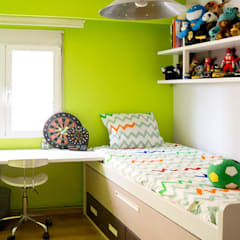 colonial Nursery/kid's room by Le Coquelicot Atelier