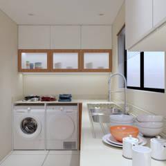 Thornhill Estate Kitchen:  Built-in kitchens by Linken Designs
